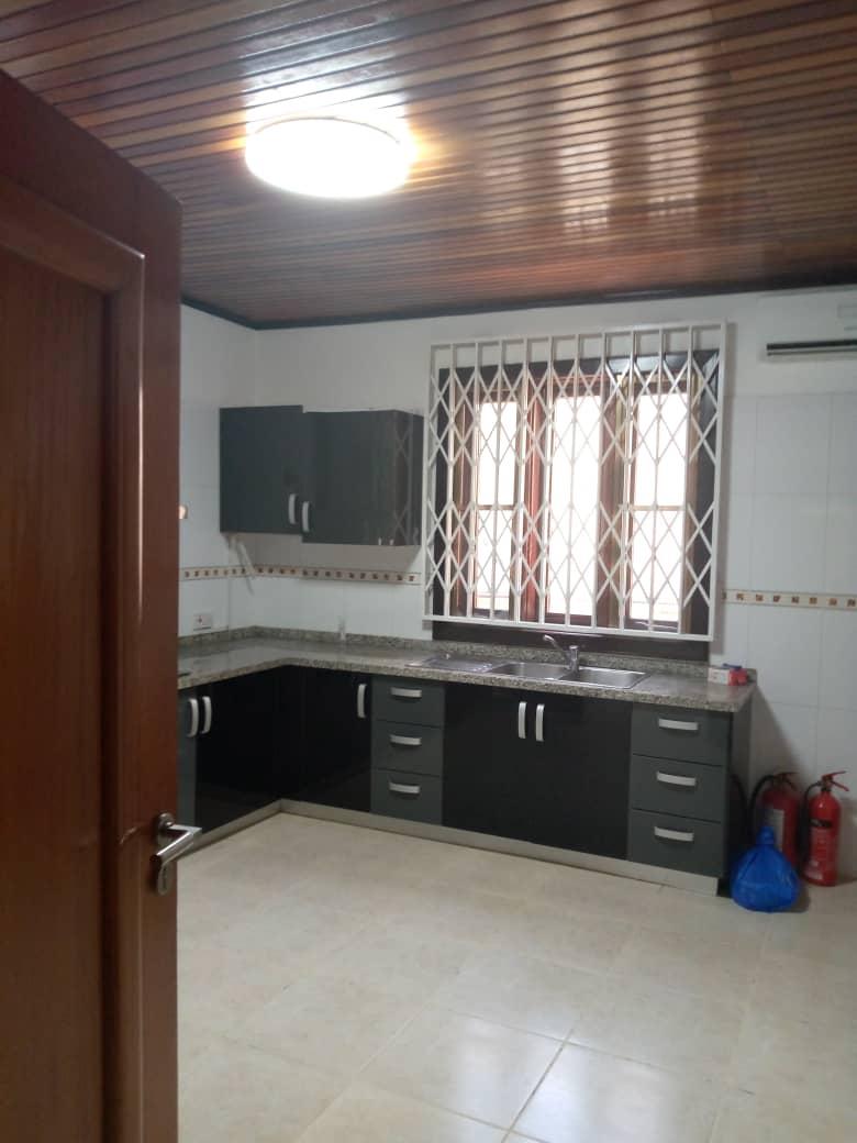 4 Bedroom En-suite Townhouse