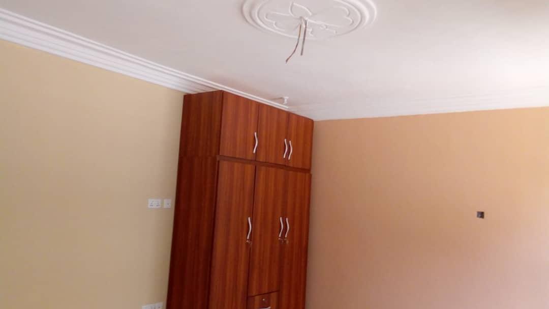 Ensuite 2 Bedroom Apartment for rent