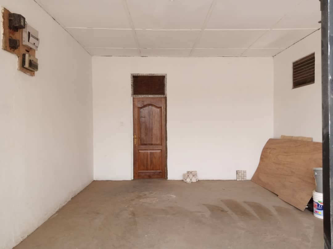 4 Bedroom House with Study for rent