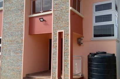 Executive 4 Bedroom Storey House for sale