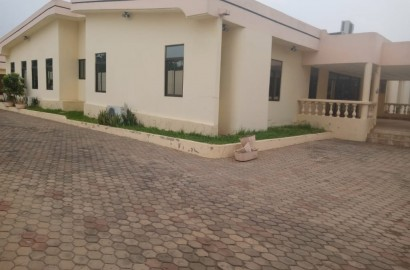 12 Bedroom house with 3 boys quarters for rent