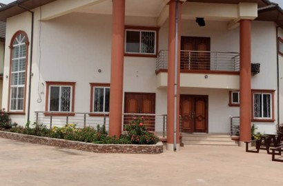 Newly Built 5 Bedroom Townhouse for sale