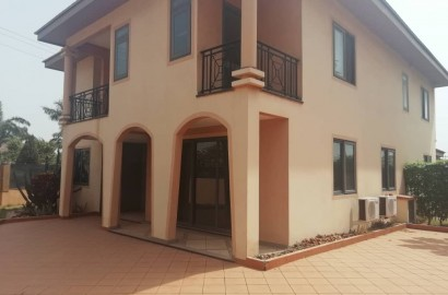4 Bedroom Townhouse for Rent