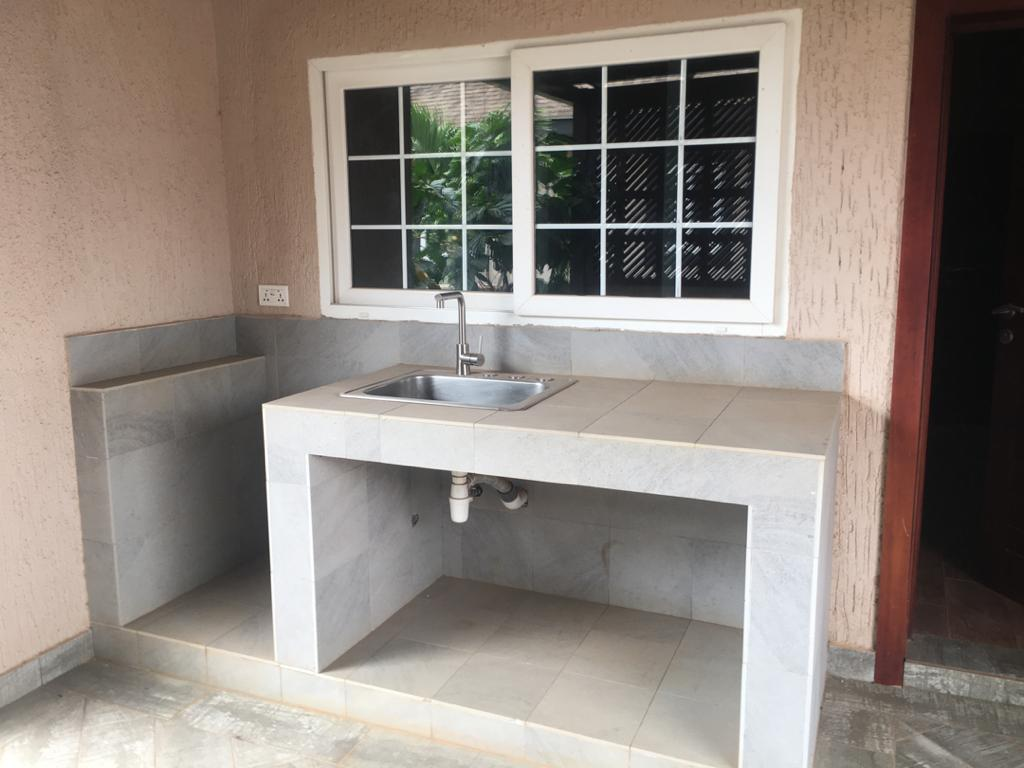 3 Bedroom Semi-Detatched House Available for Sale