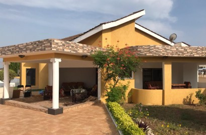 4 Bedroom House with 2 Bedroom External Quarters for Rent at East Airport