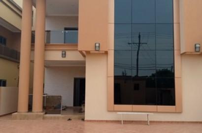 5 bedroom ensuite storey building for rent