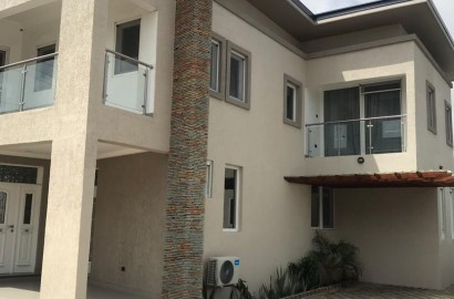 4 Bedroom Townhouse Available for Rent