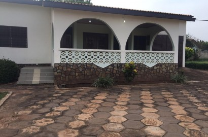 7 Bedrooom self-compound house for rent