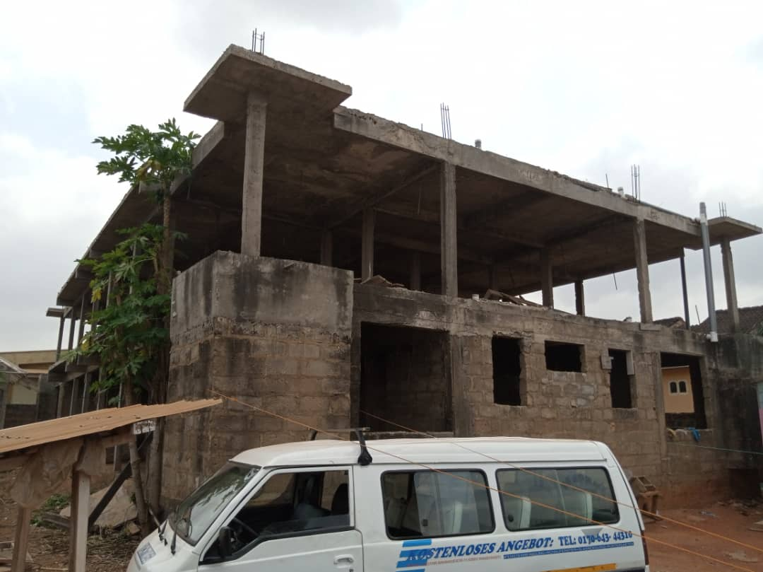 Uncompleted 12 Room Apartment Building for sale