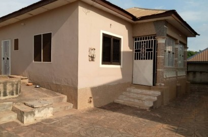 A 3 Bedroom House for Sale in Kumasi