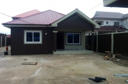 3 Bedroom House with 2 Boys' Quarters for Sale at Kuntunse