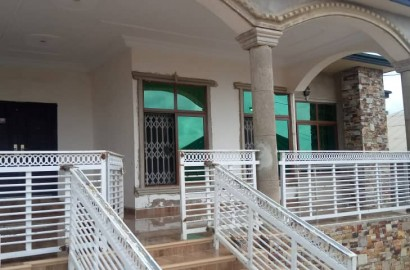 A 5 Bedroom House for Sale in Kumasi