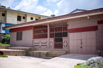 5 Bedroom House for Sale in Kumasi