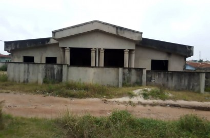 6 bedroom Residential Property for sale