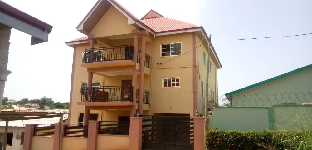 8 Bedroom Storey House for Sale in Kumasi