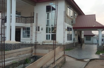 An Executive 5 Bedroom En-Suite House For Sale