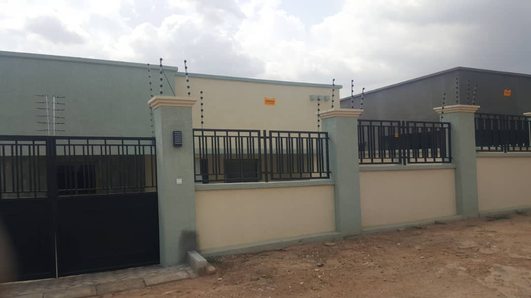 En-suite 3 Bedroom House for Sale in a Gated Community