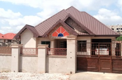Ensuite 4 Bedroom House for Sale in Kumasi