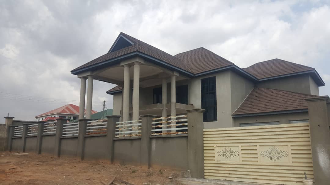 En-suite 4 Bedroom House for Sale in a Gated Community in Kumasi