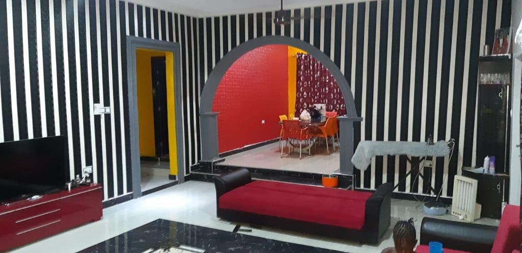 4 bedroom furnished house with 2 separate flats for sale