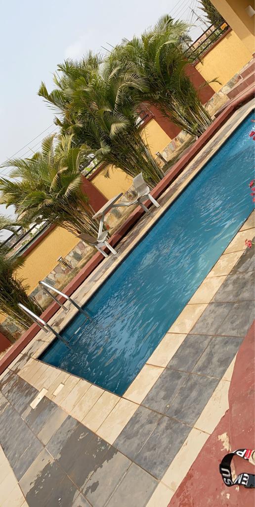 Luxurious 5 Bedroom En-suite Storey House for Sale