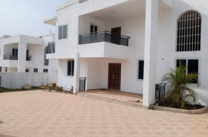 A plush 5 bedroom storey house for sale