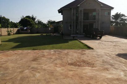 Uncompleted 5 Bedroom En-suite House for Sale in Kumasi