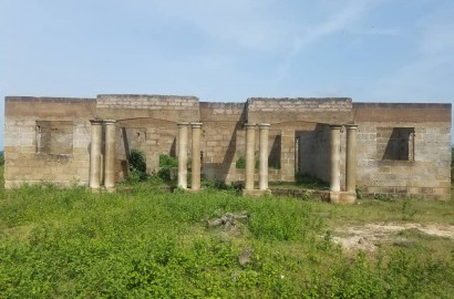 Uncompleted 6 Bedroom Ensuite House for Sale
