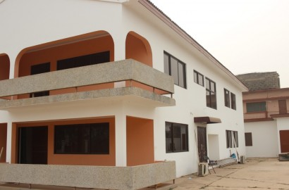 6 Bedroom storey house for rent