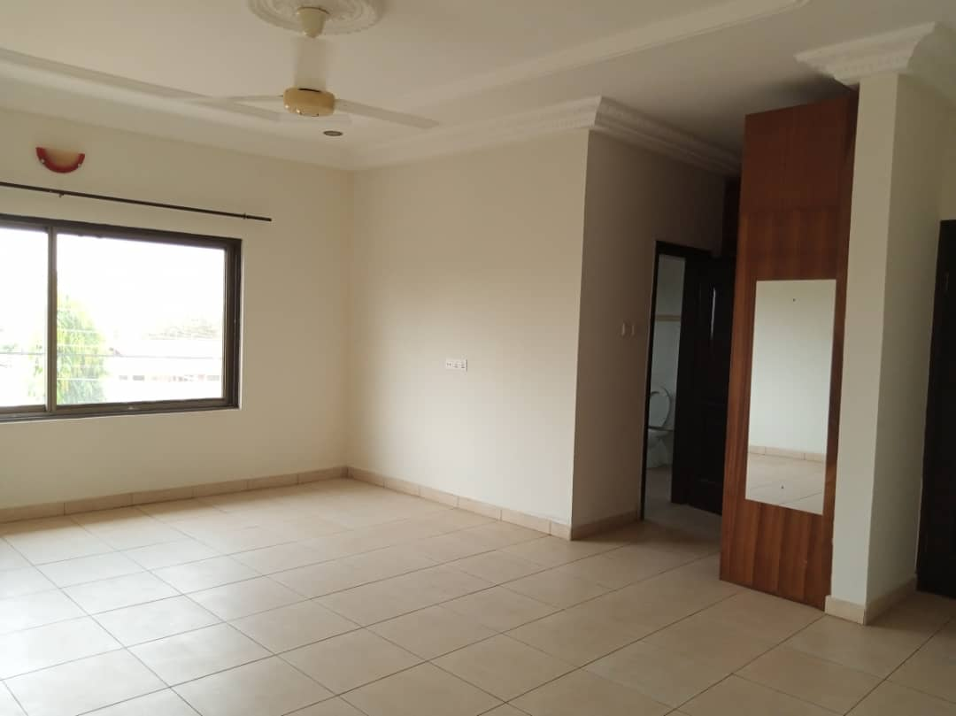 4 Bedroom Townhouses for rent