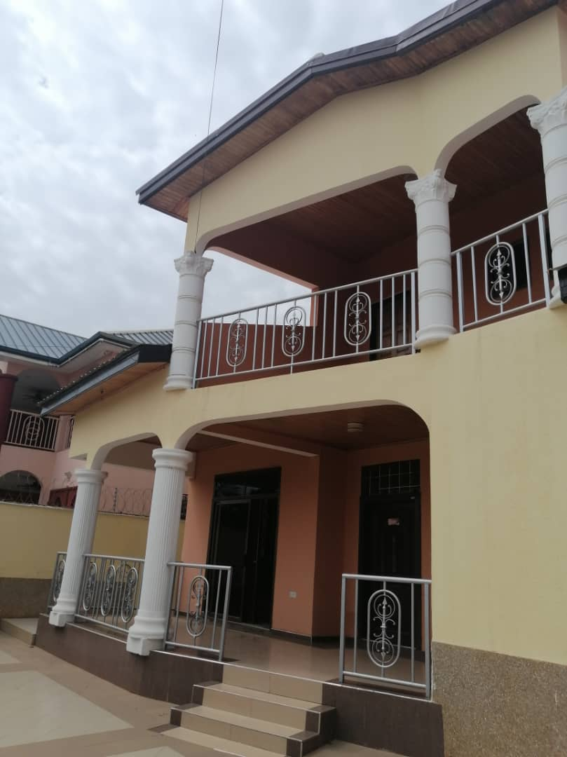 5 Bedroom House Available for Rent at Spintex