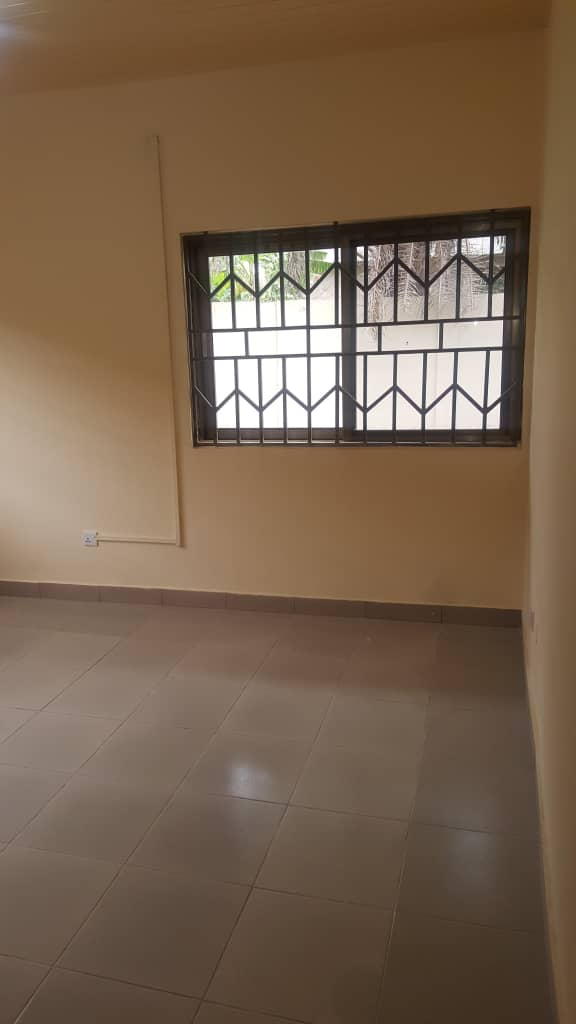 4 Bedroom Self-Compound House for rent