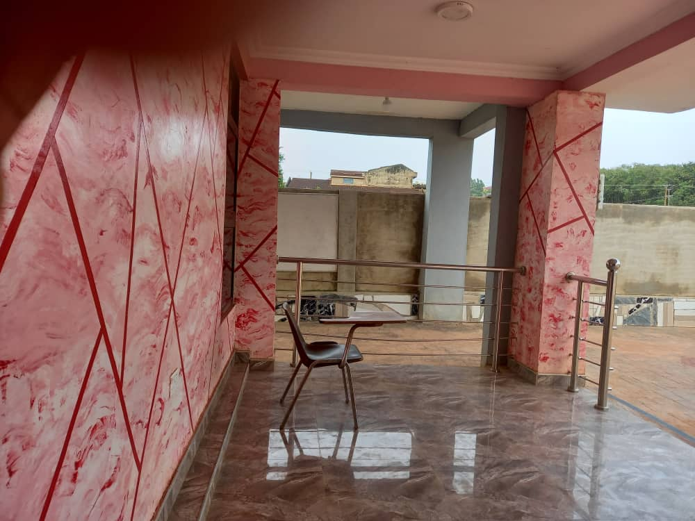 Ensuite 4 Bedroom House for sale