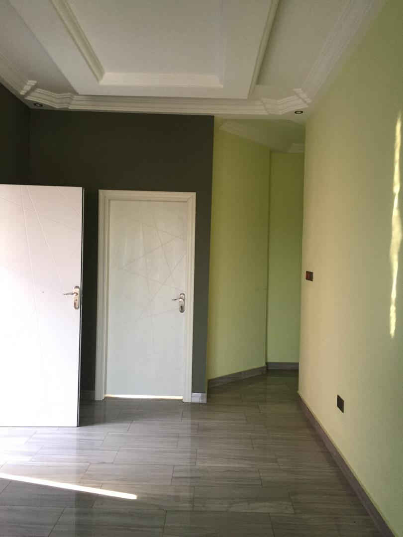 3 Bedroom Townhouse with 1 Room BQ for rent