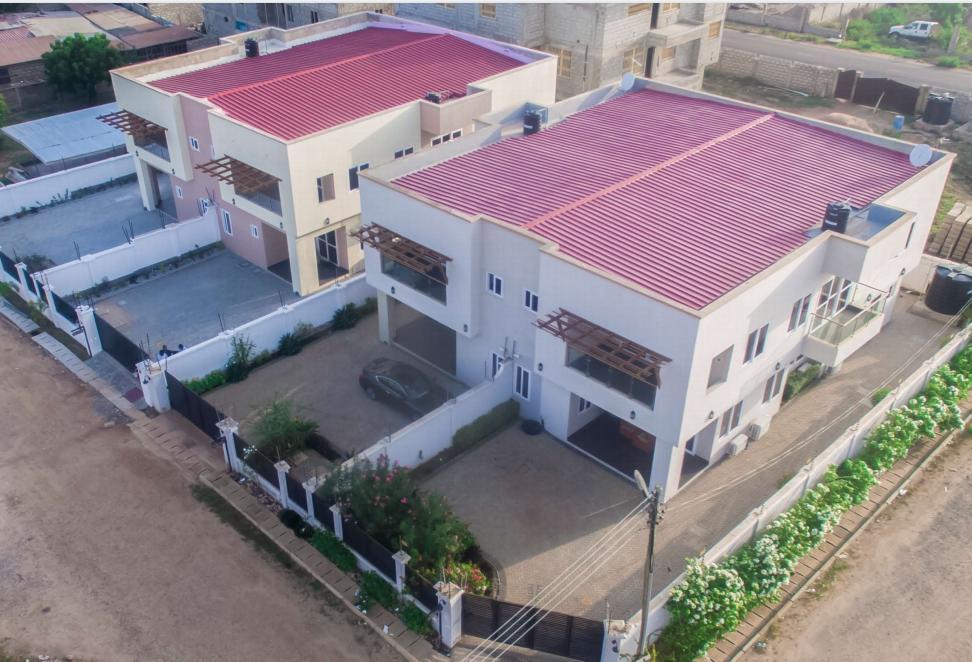 Furnished 5 Bedroom semi-detached houses for rent