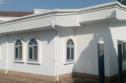 4 Bedroom House with 2 Bedroom BQ for rent